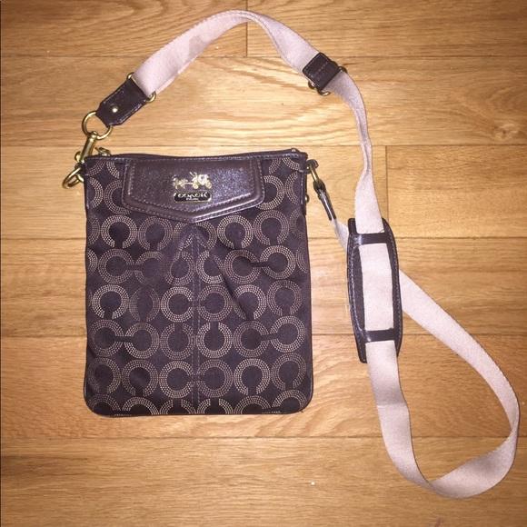 Coach Handbags - Coach Over the shoulder bag